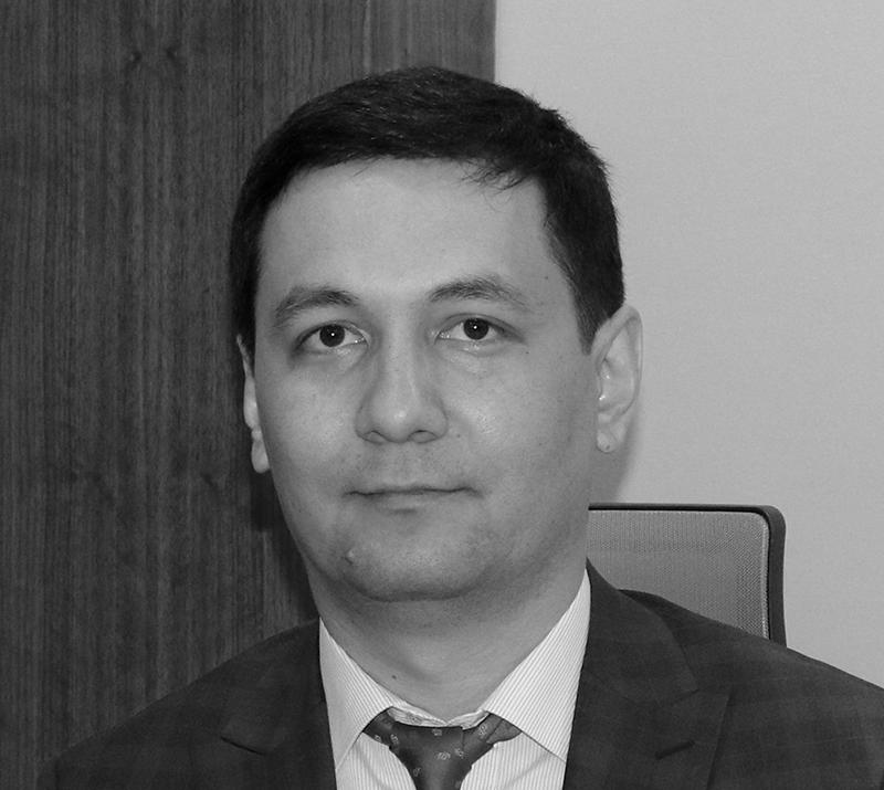 Ниязов Сарвар